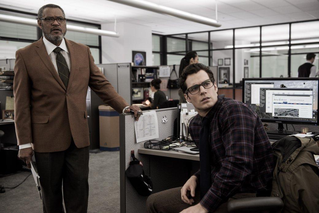 Photo of Лоуренс Фишберн окиновселенной DC: «Marvel надрала имзадницы»