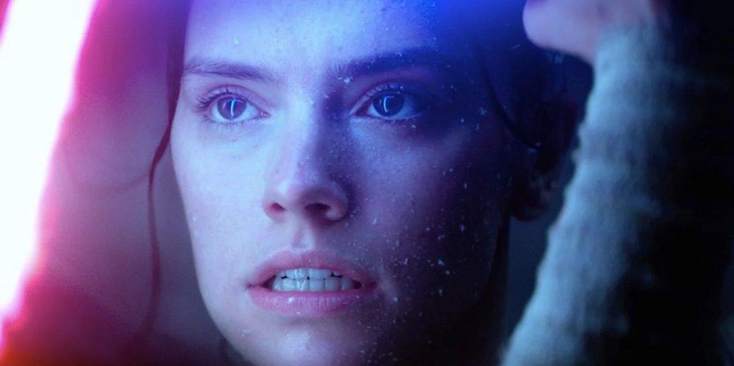 Видео дня: Джуди Денч требует у Дэйзи Ридли спойлеров к The Last Jedi