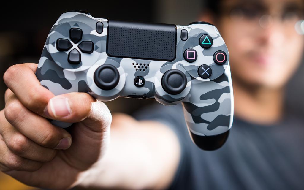 Photo of Sony придумала, как делиться зарядом между устройствами без проводов