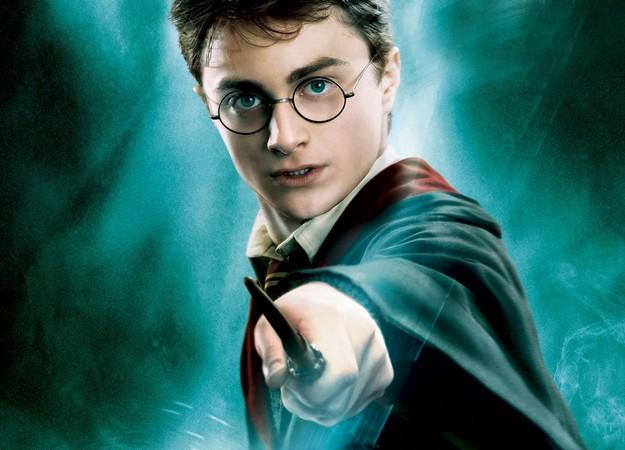 Photo of Роулинг представила еще одного персонажа по имени Гарри Поттер