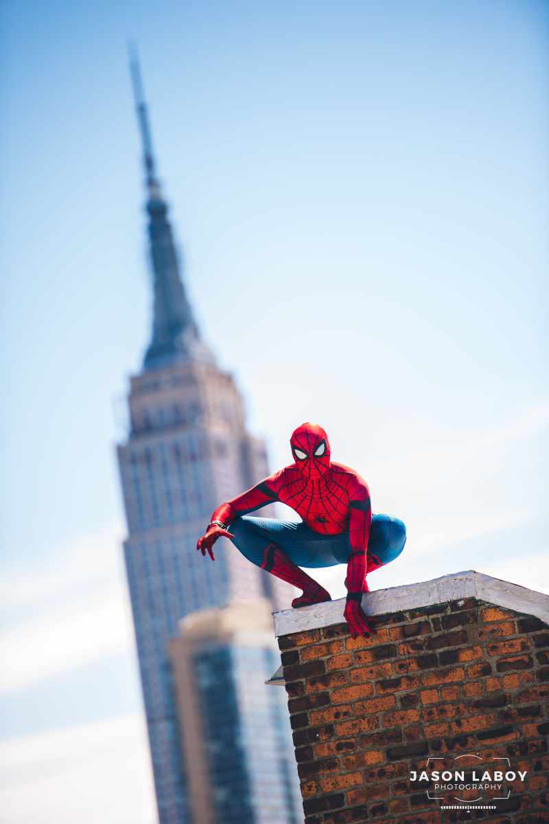 Дружелюбно-соседский косплей дня: Человек-паук из«Возвращения домой»