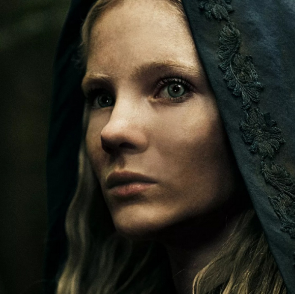 «Ведьмак» от Netflix: официальный постер и первый взгляд на Йеннифэр и Цири1