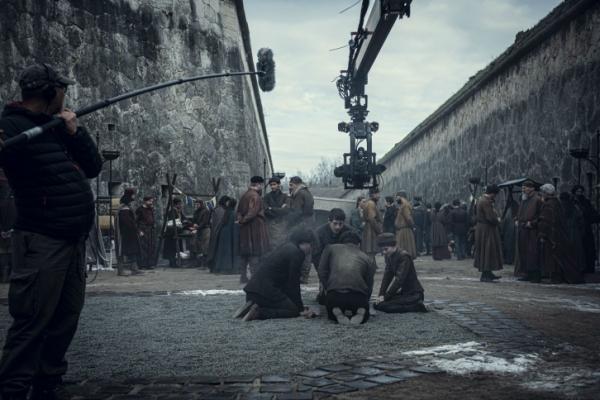 Ещё немного фото из сериала «Ведьмак» и новый намёк на дату премьеры3